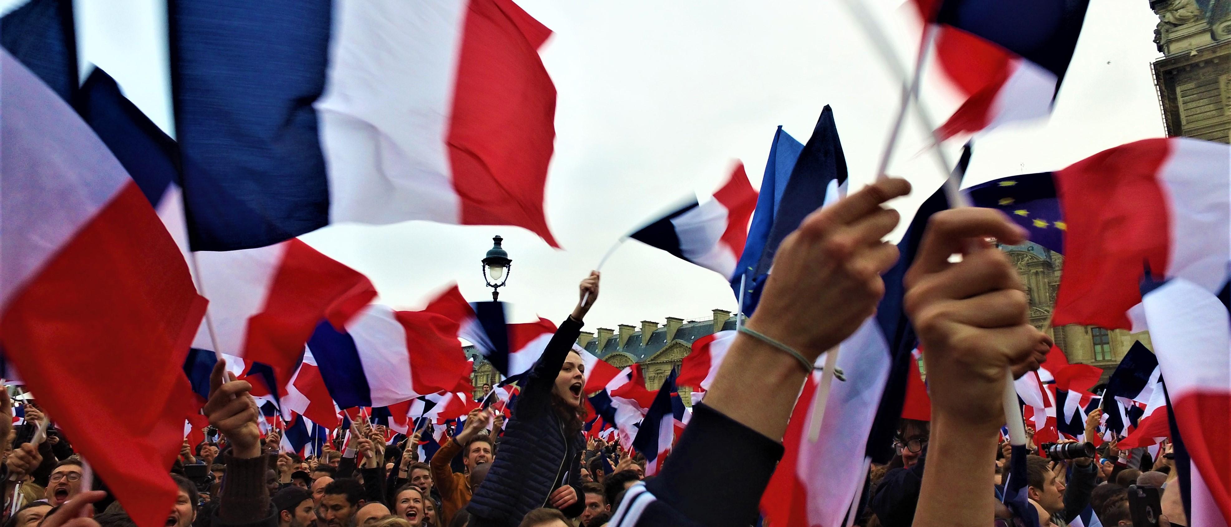 france macron meeting 1 - 「希望」だけが足りない、日本のポピュリズム